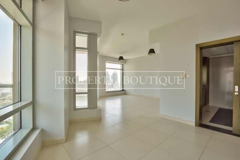 Full Burj Khalifa and Fountain view | 2 Bed - Image 3