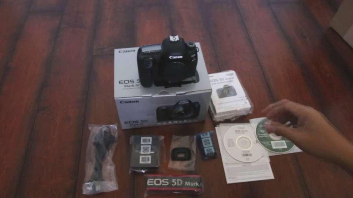Canon EOS 5D Mark IV,...,.jpg