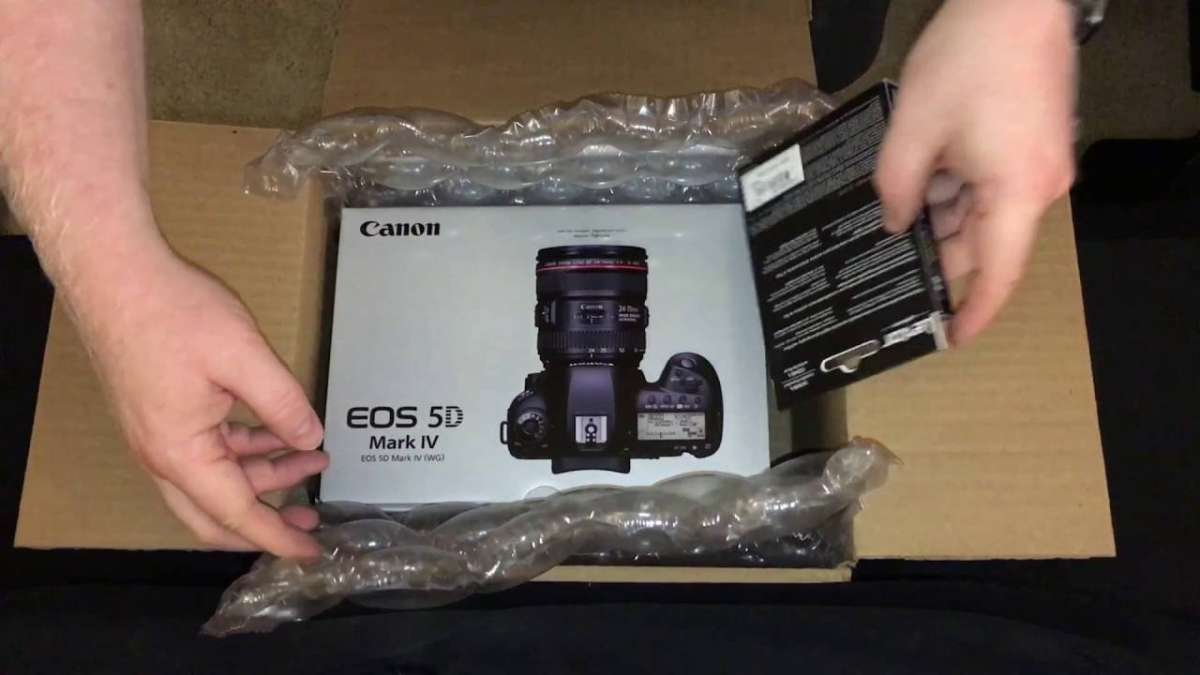Canon EOS 5D Mark IV,...jpg