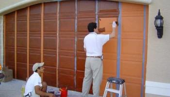 Base-Coat-Wood-Graining-Garage-Doors-02-FL_733_550_75 (1).jpg