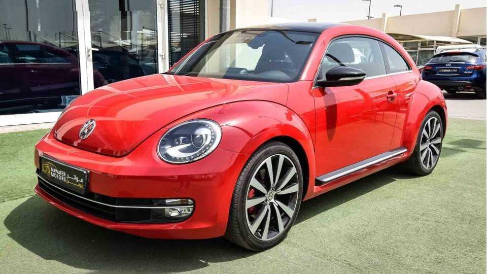 Volkswagen-beetle-2016-001.png
