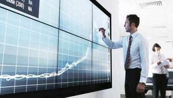 financial-services-global-582x250_tcm127-141117.jpg