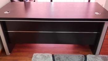 Black Office Table.jpg