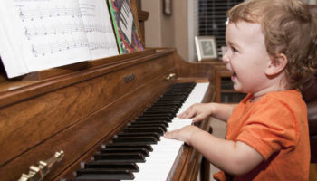 cute-kid-learning-how-to-play-piano-1.jpg