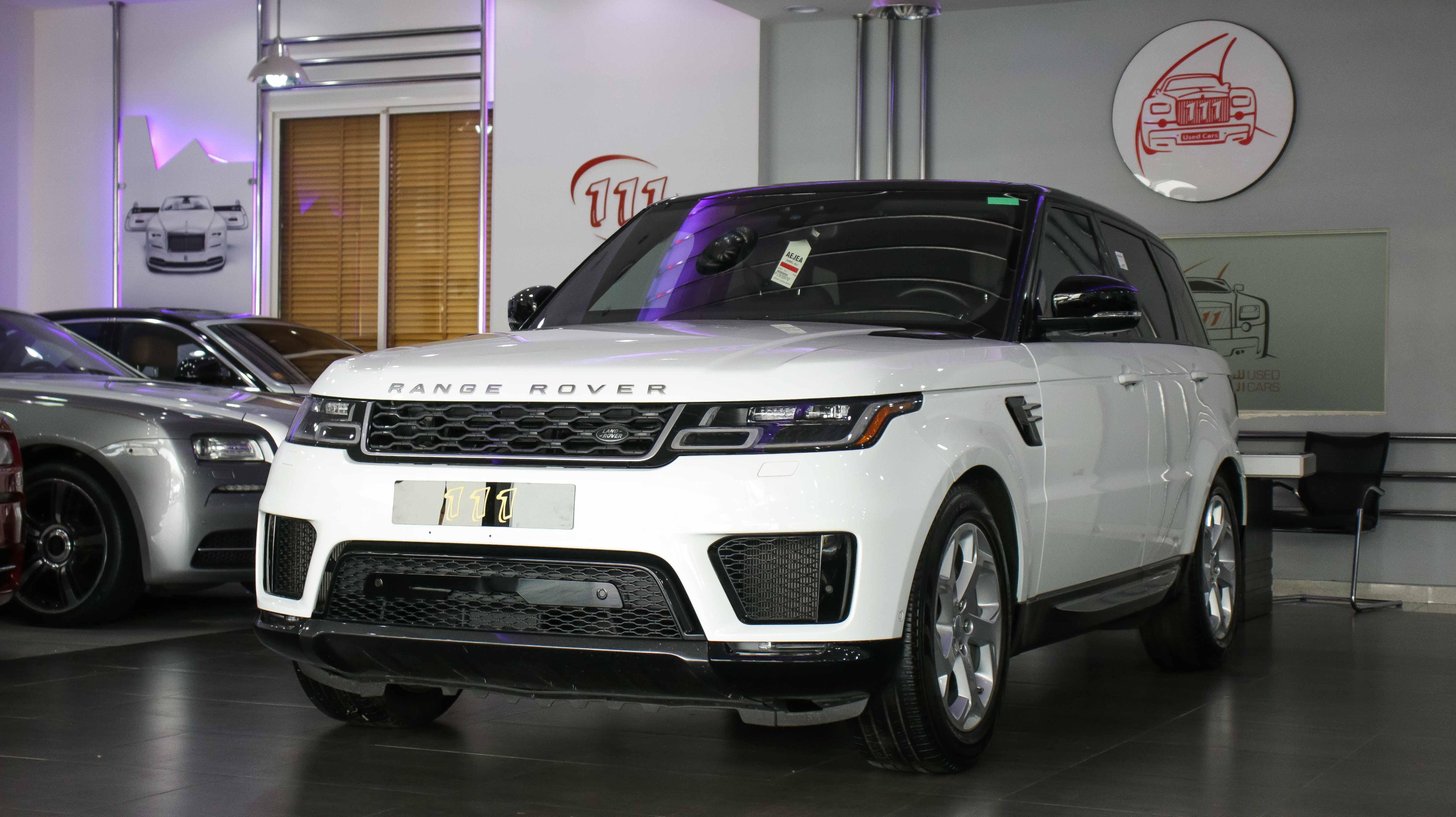 2018-Range-Rover-Sport-HSE-White-01.jpg