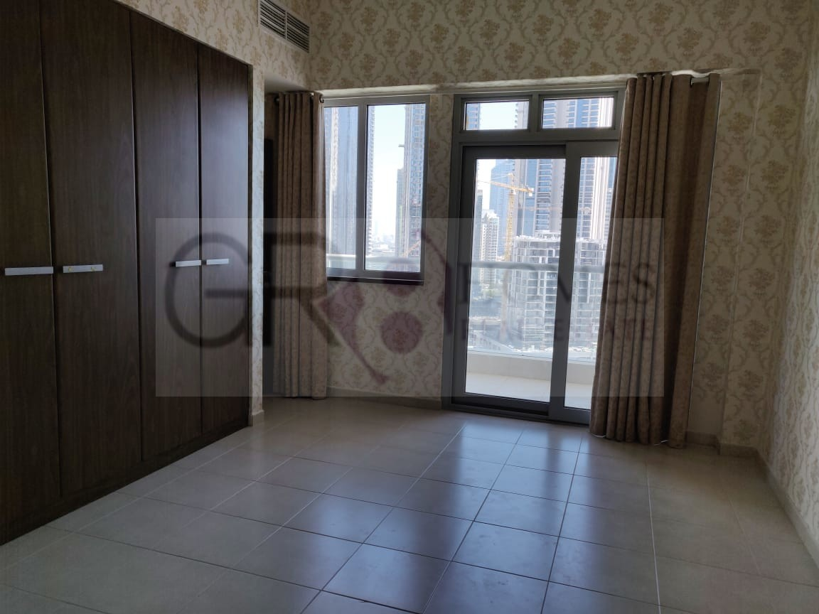 Spacious 2 Bedroom Apartment in Executive Tower F - Image 2