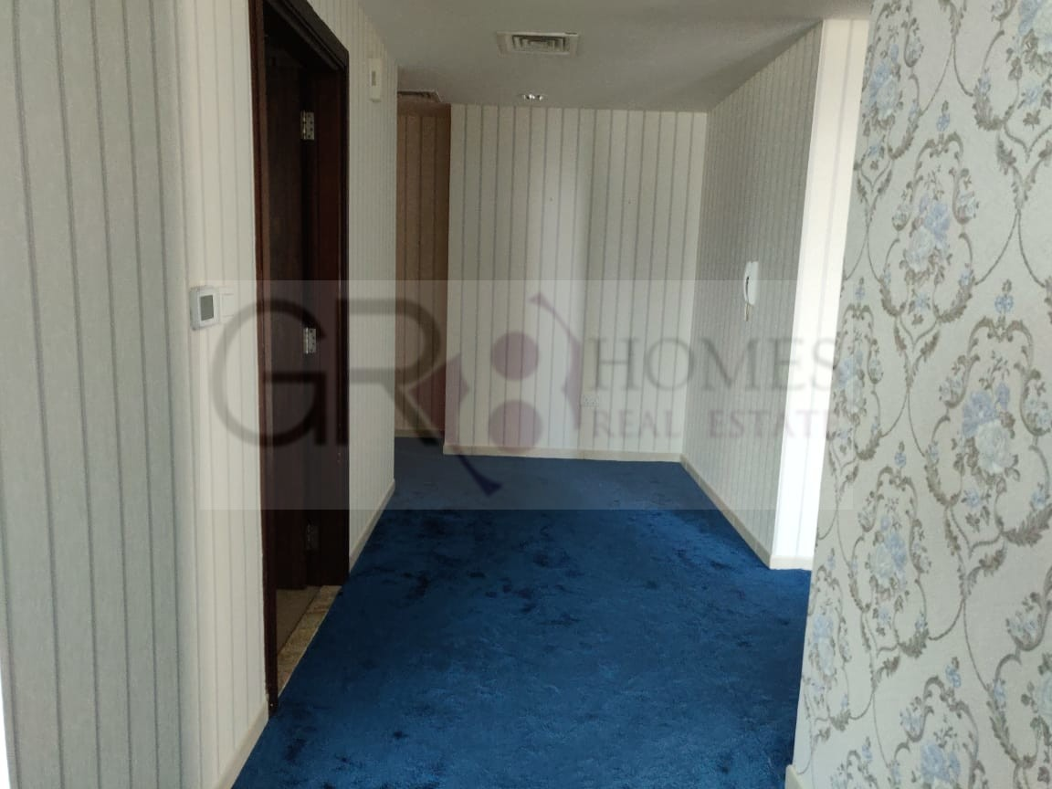 Spacious 2 Bedroom Apartment in Executive Tower F - Image 1