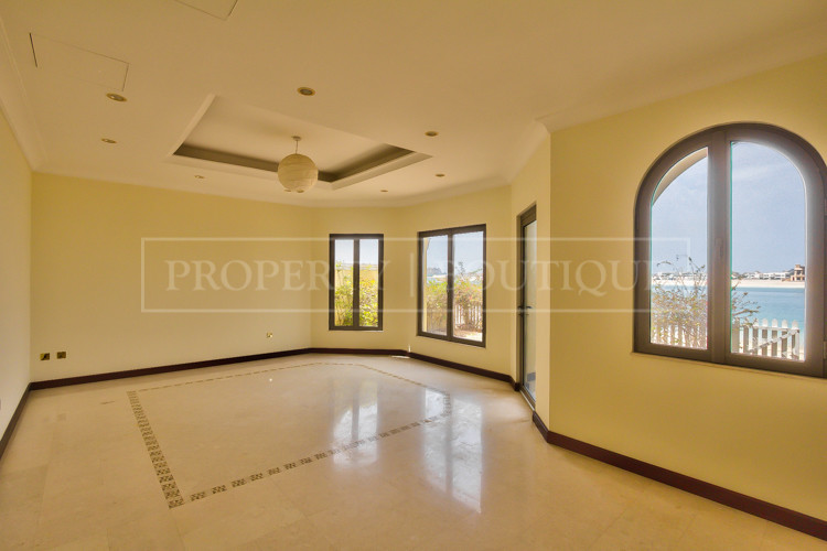 5 Bed Garden Home | Central Rotunda | Marina Views - Image 2