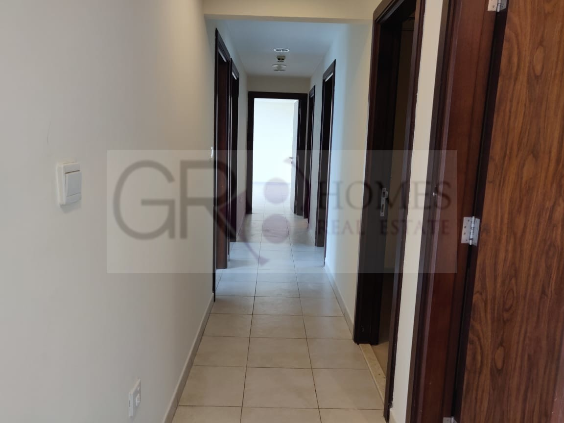 Huge For Rent 3BR+ Maid in Executive Tower J - Image 1
