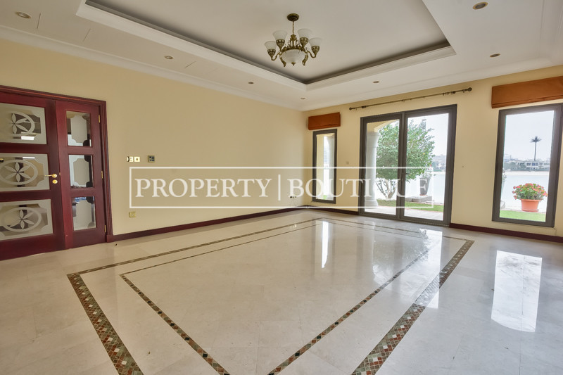High Number | 4 Bed Grand Foyer | Marina Views - Image 3