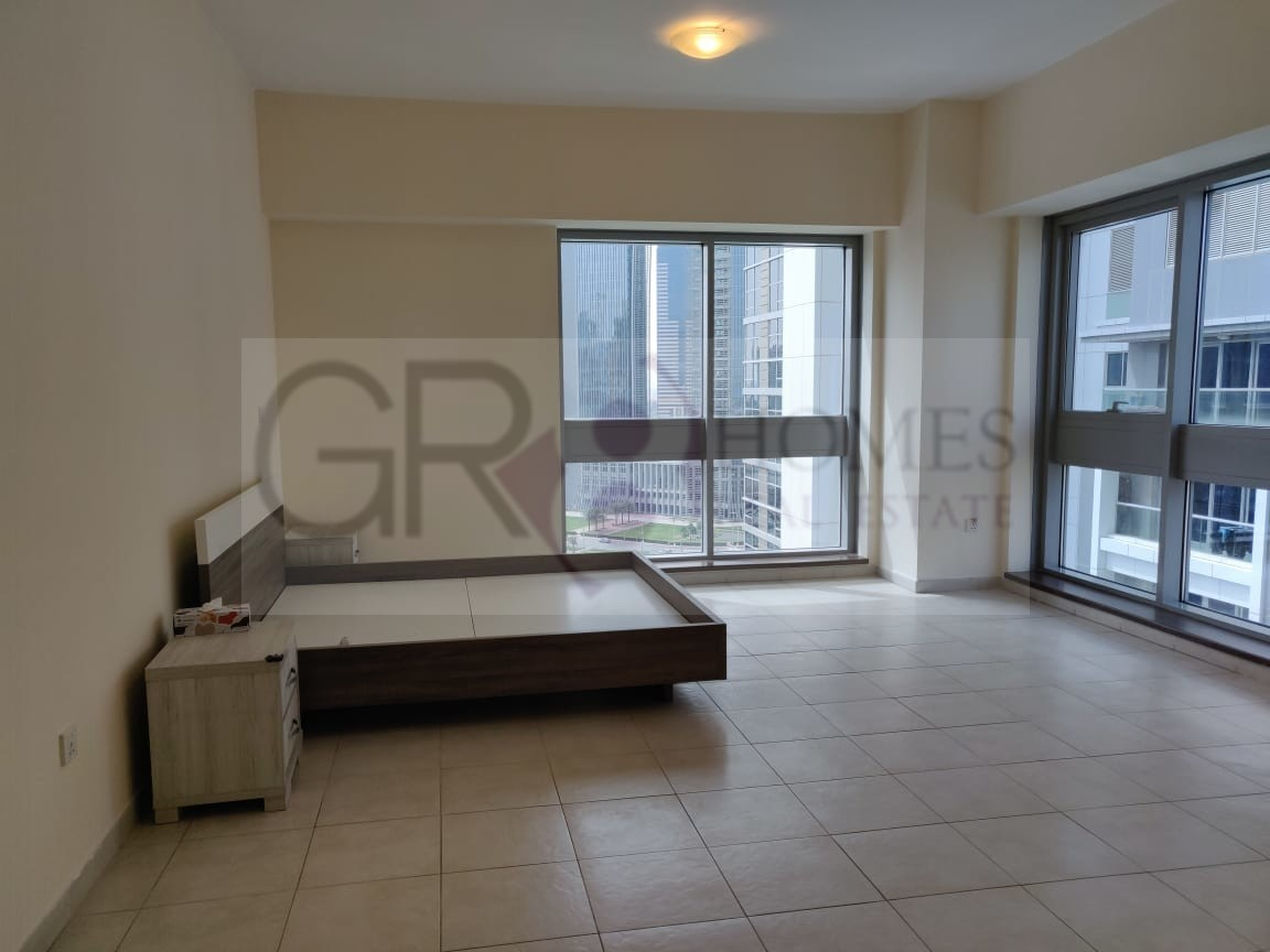 Huge For Rent 3BR+ Maid in Executive Tower J - Image 2