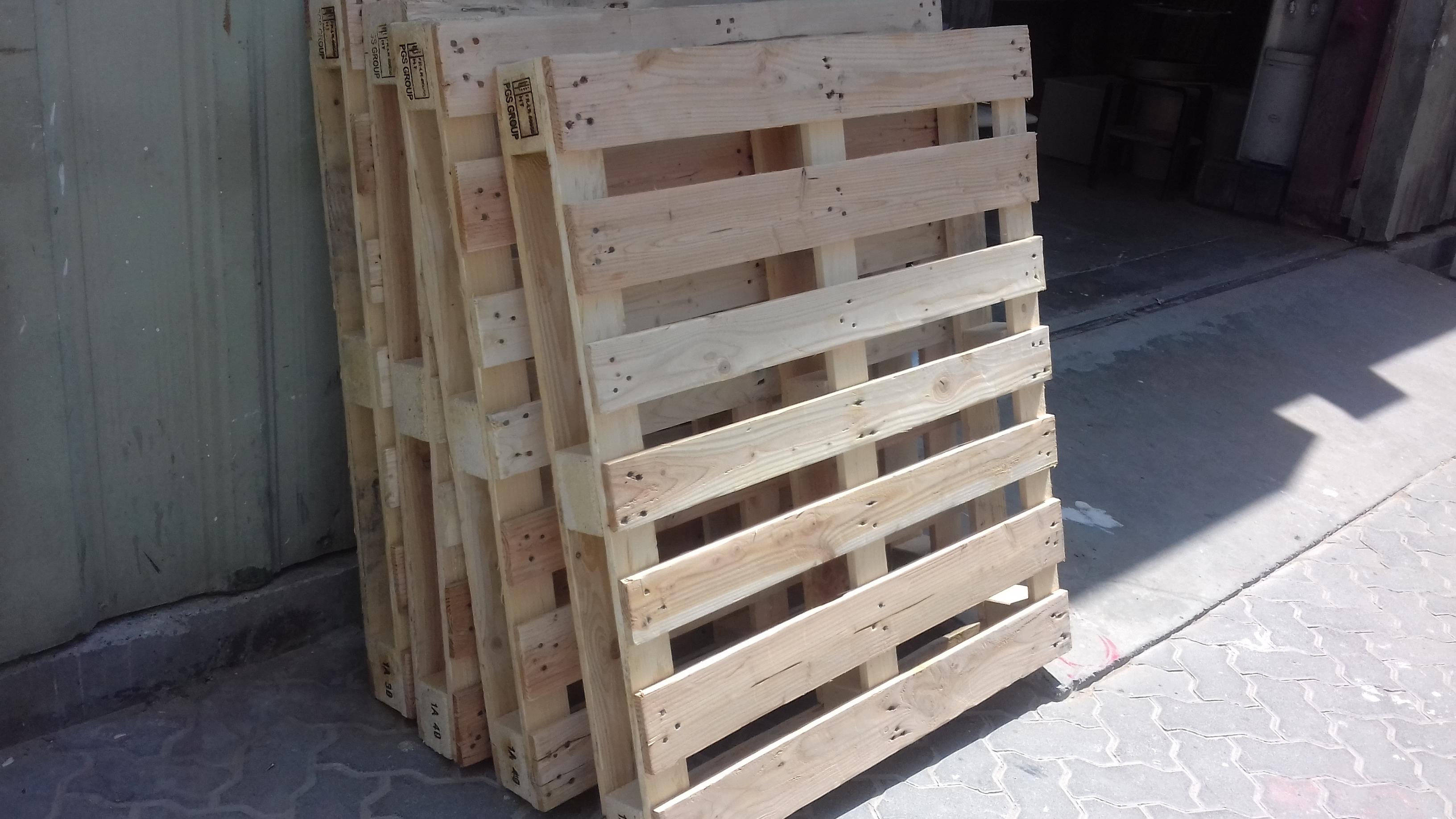 dubai pallets-0555450341 (2).jpg