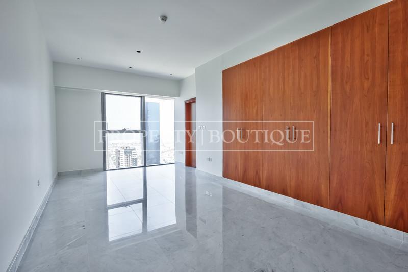 Unique Penthouse Triplex, Vacant, Private lift - Image 8