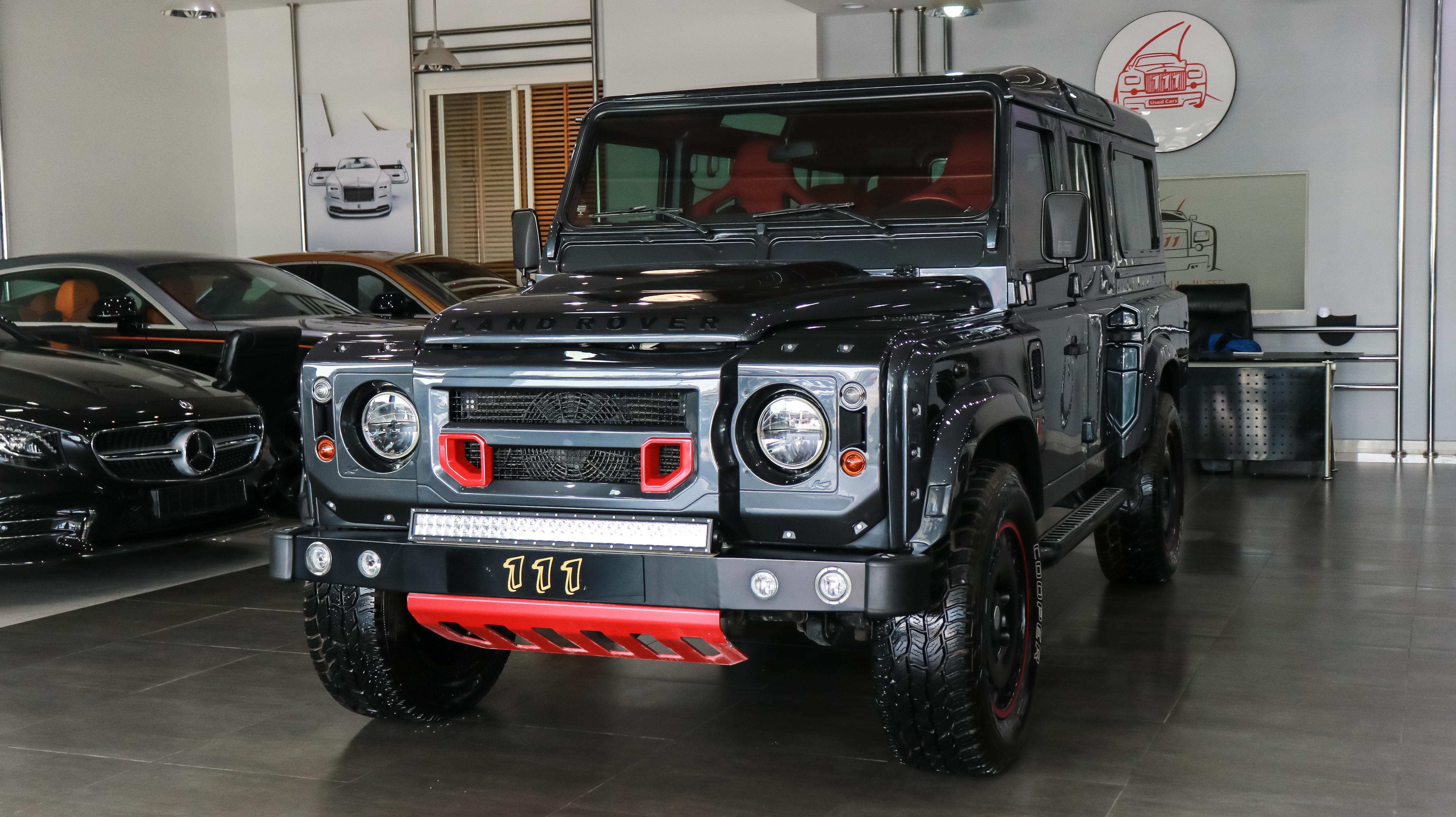 2014-Land-Rover-Defender-Kahn-Body-Kit-Grey-Red-GCC-01.jpg