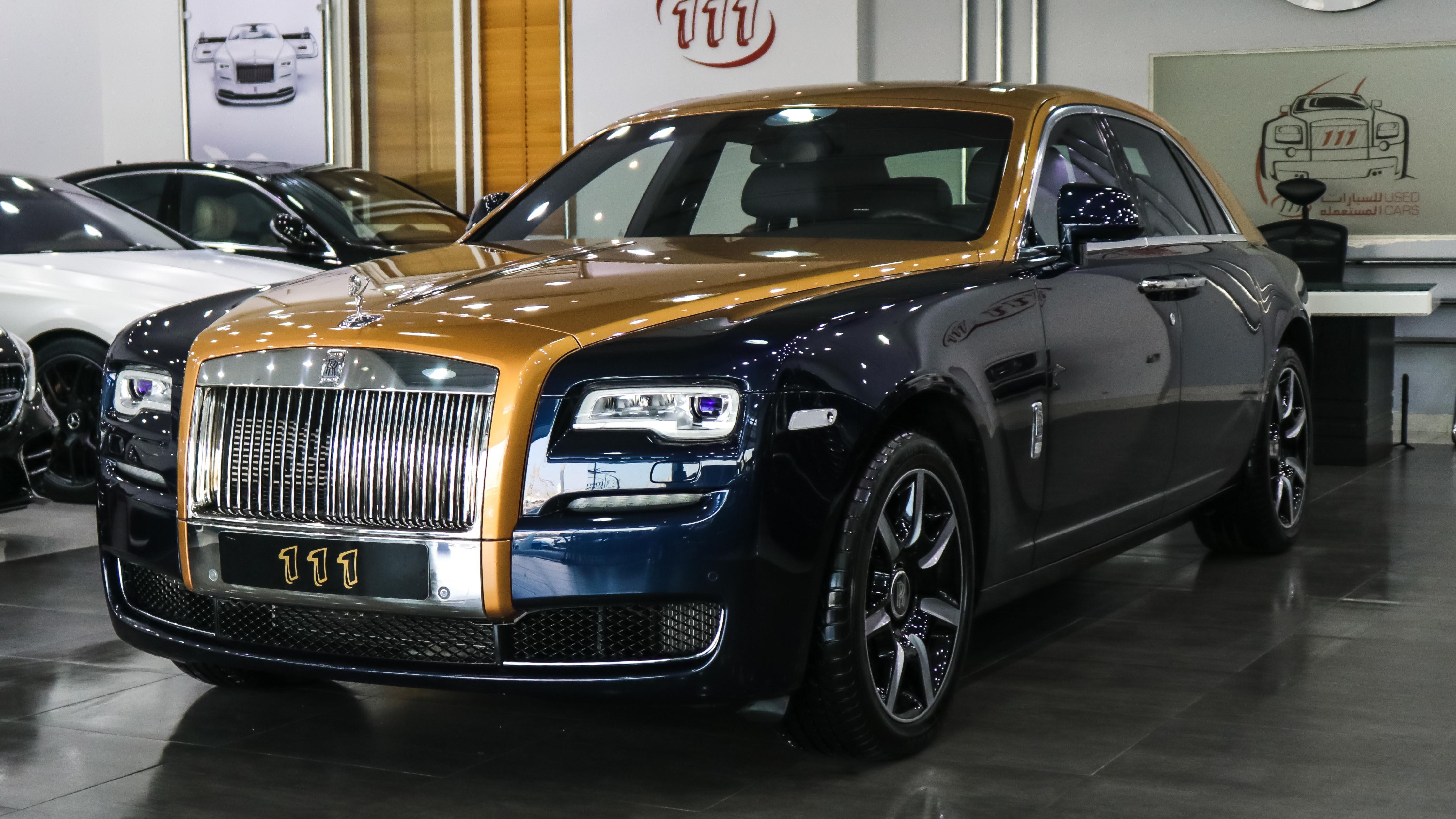 2016-Rolls-Royce-Ghost-Blue-Blue-01 (1).jpg