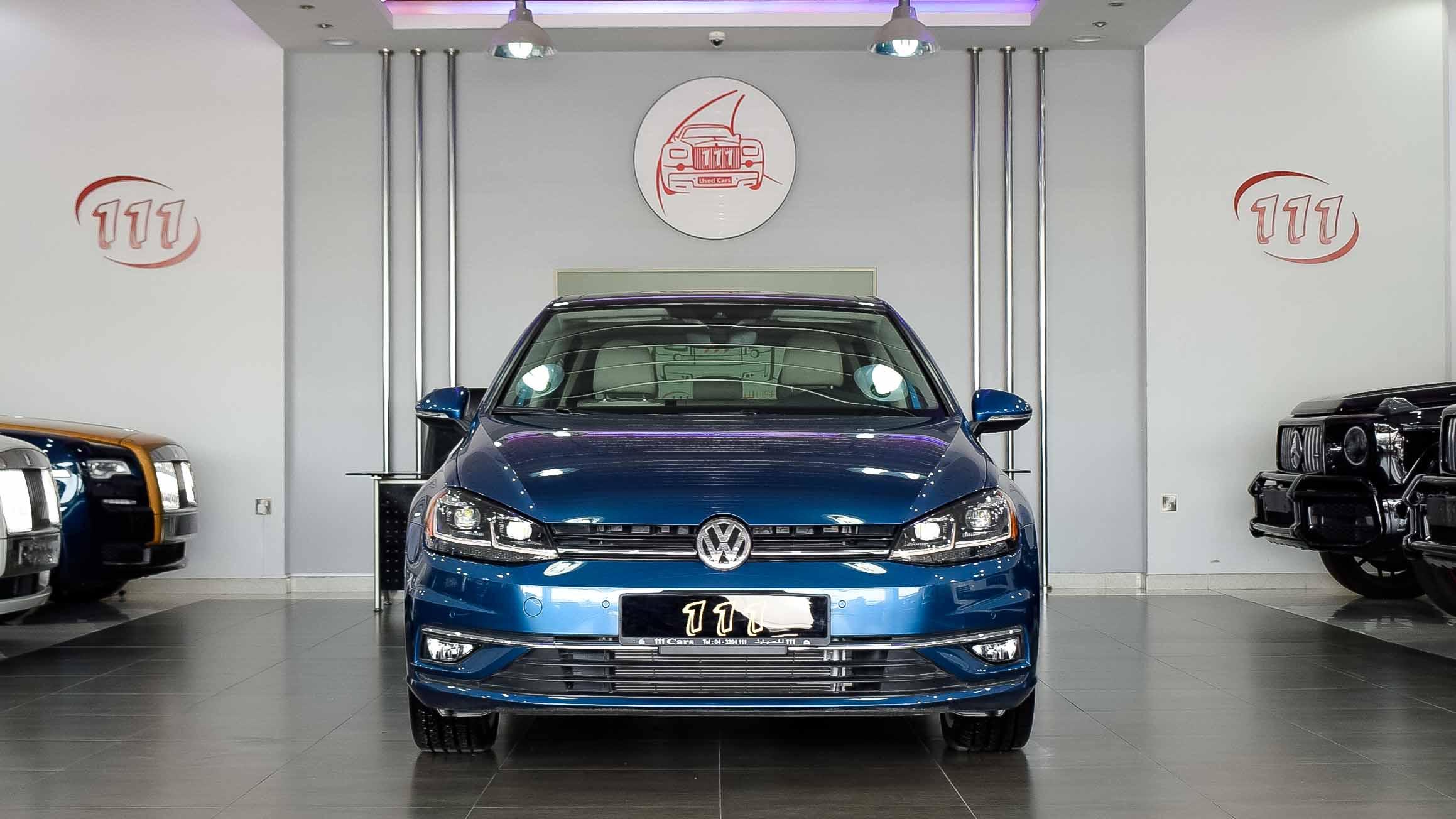2019-Volkswagen-Golf-1.4-Blue-Beige-Canadian-Specifications-02-1.jpg