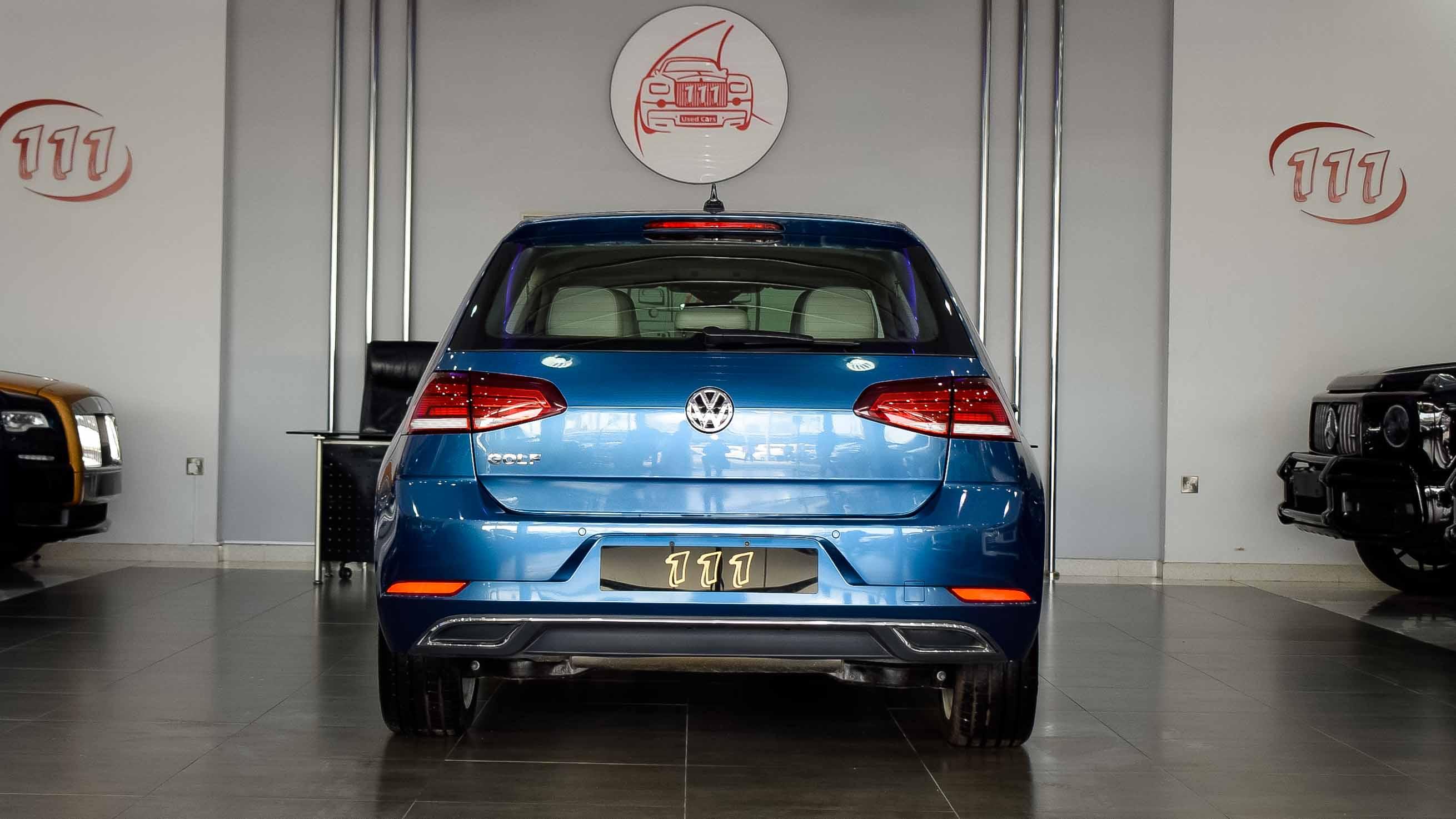 2019-Volkswagen-Golf-1.4-Blue-Beige-Canadian-Specifications-11-1.jpg