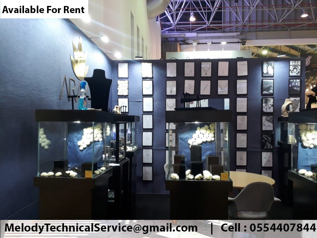 Wooden Display Stand Suppliers Jewelry Events Display Stand Dubai (2).jpg