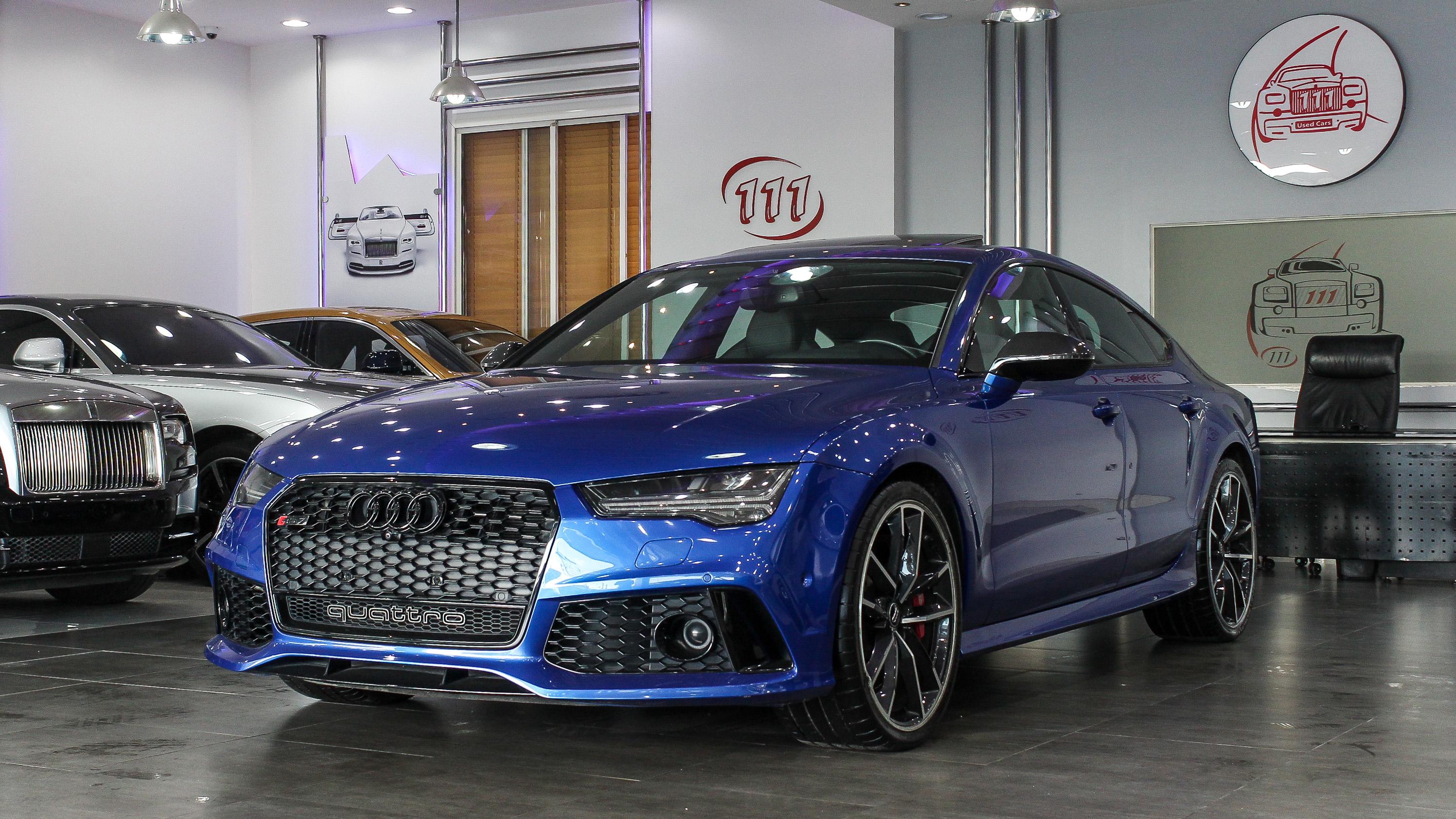 2016-Audi-RS7-Blue-Black-GCC-01.jpg