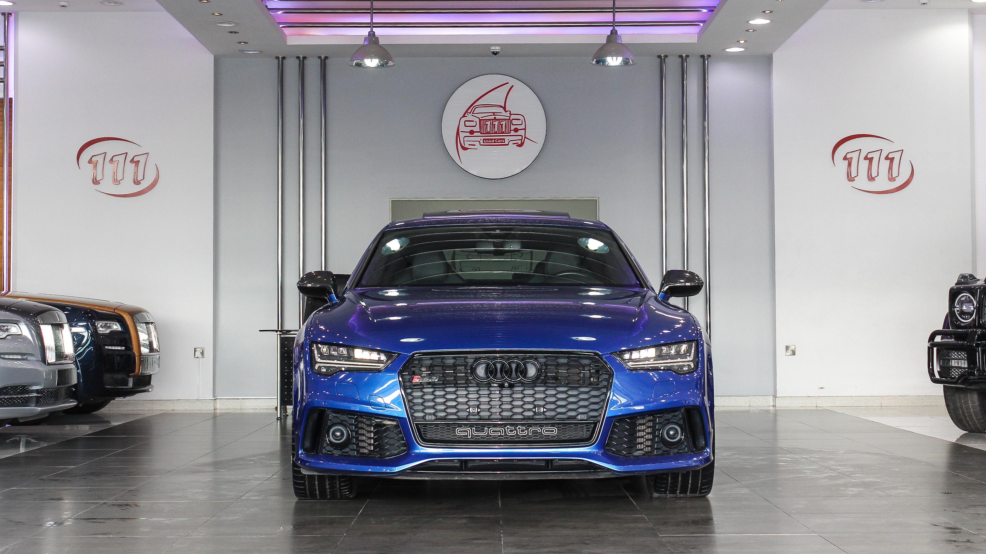 2016-Audi-RS7-Blue-Black-GCC-02.jpg