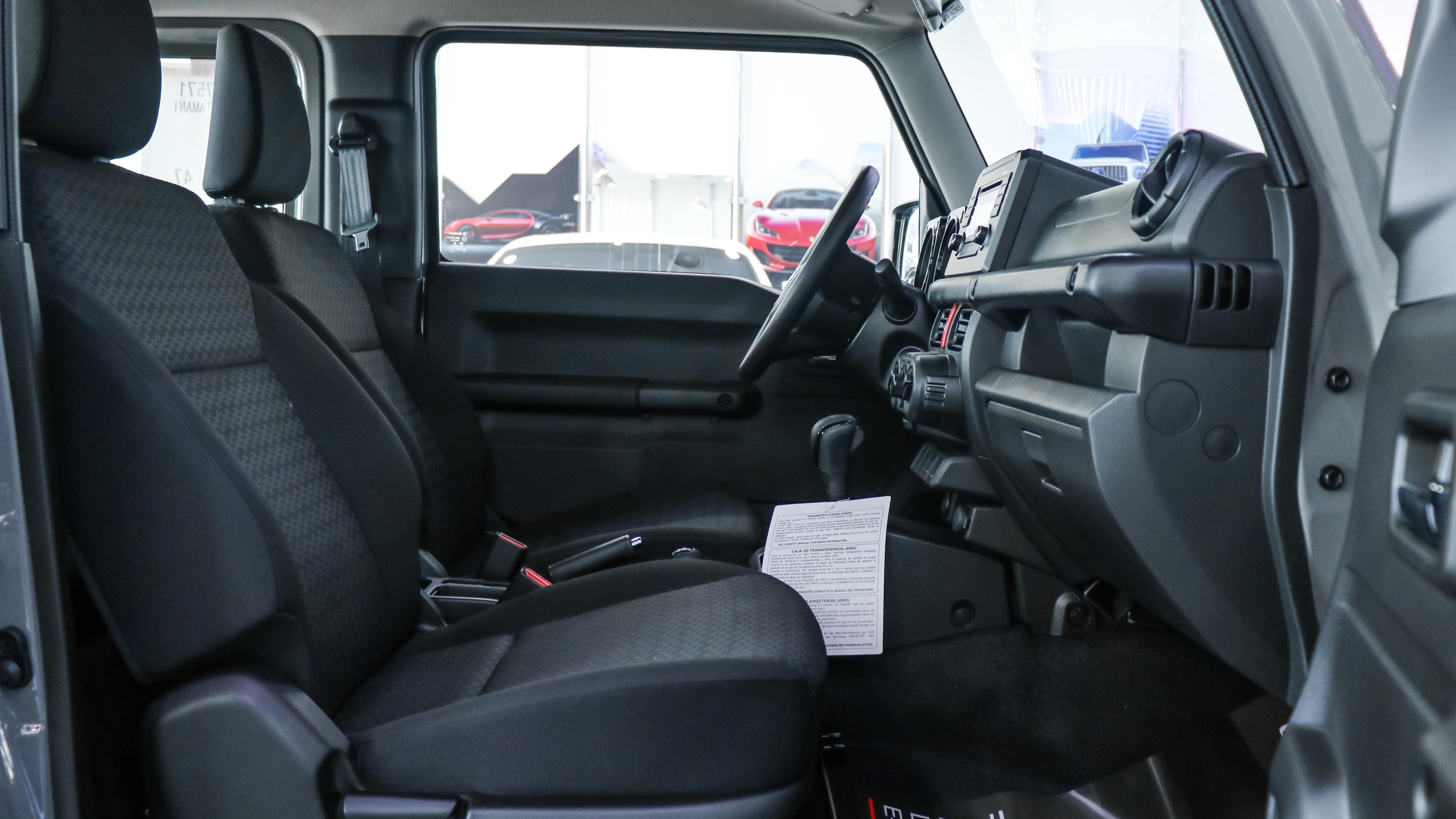 2020-Suzuki-Jimny-All-Grip-AT-GCC-07.jpg
