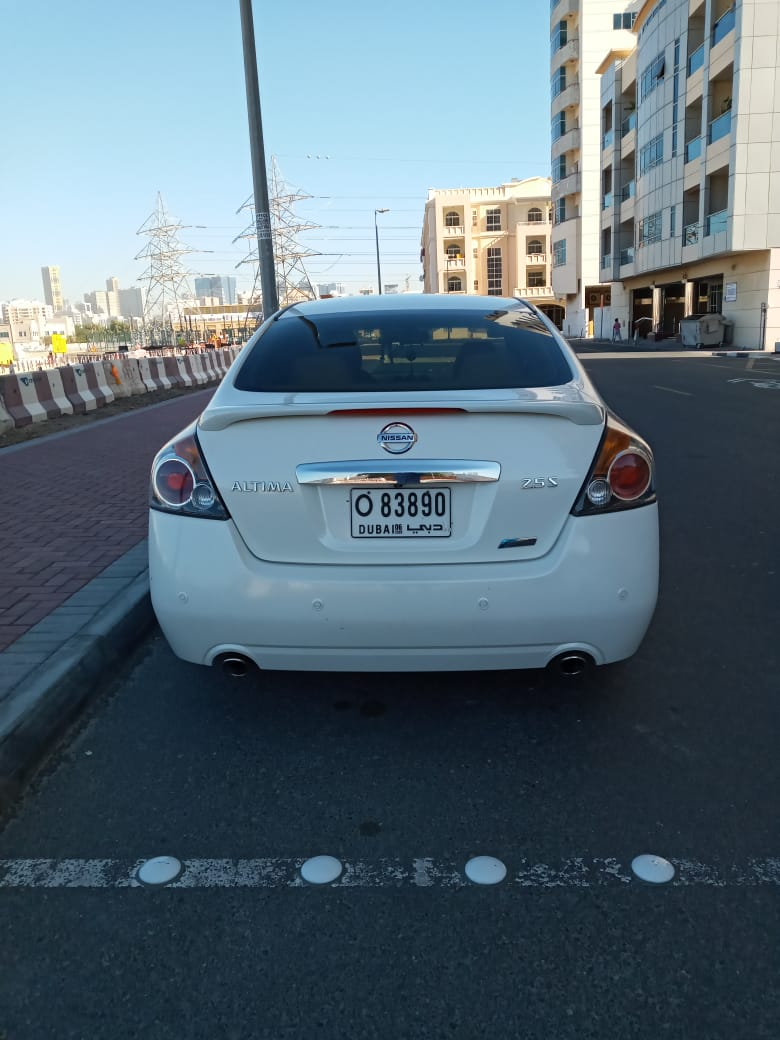 Altima for Sale - Full option with good condition - Image 3