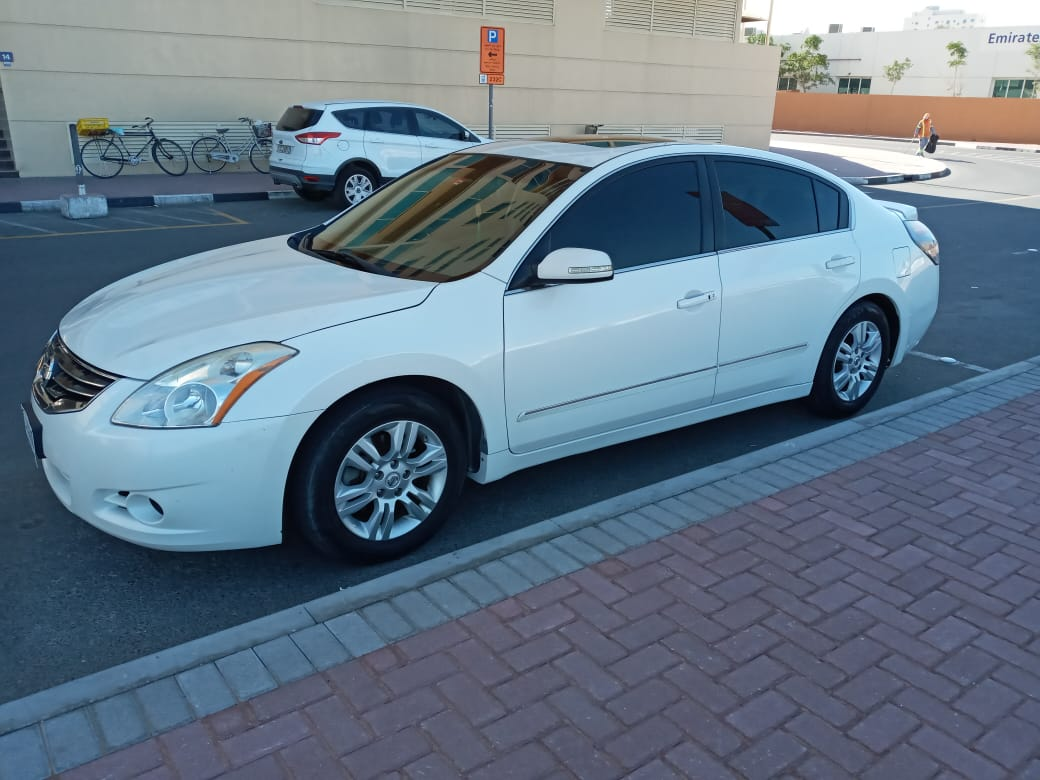 Altima for Sale - Full option with good condition - Image 4