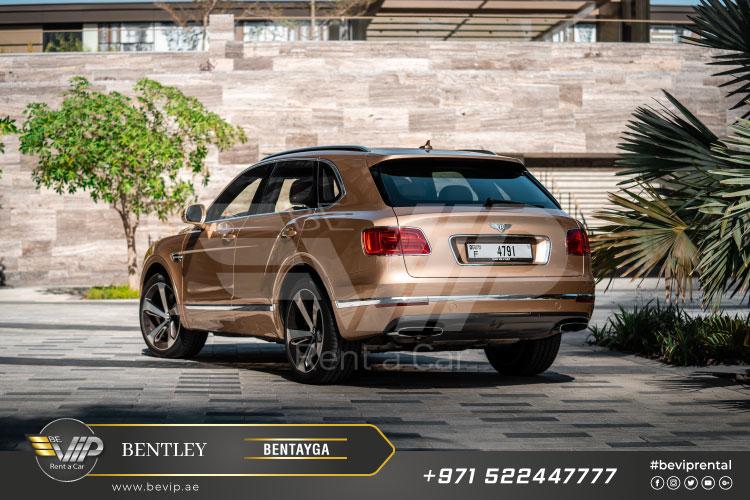 Bentley-Bentayga-for-Rent-in-Dubai-g7.jpg