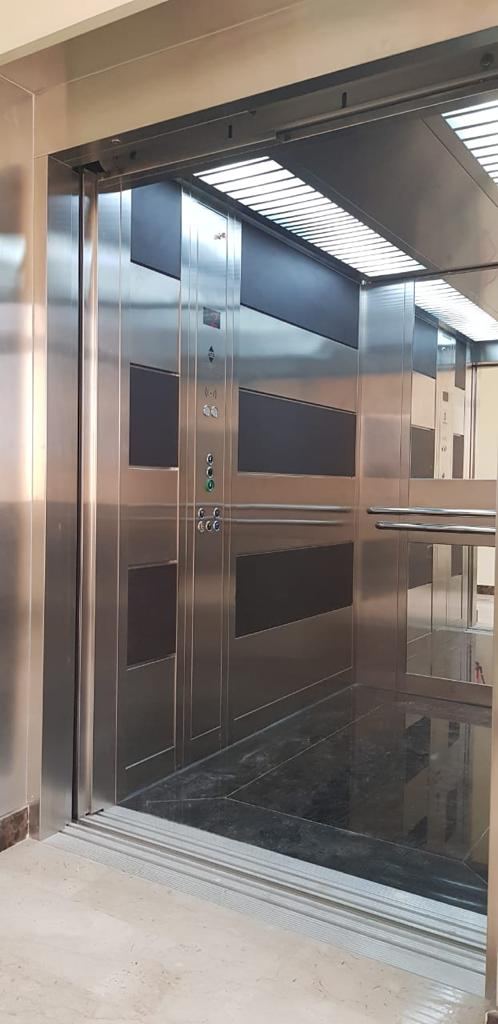 Panoramic-Elevators-10-768x1024 Elevators  villas  apartments  houses  UAE emirates  maintenance  service atlas  panorama  pit lifts indoor and outdoor lifts  glass lifts  villa lifts (10).jpg
