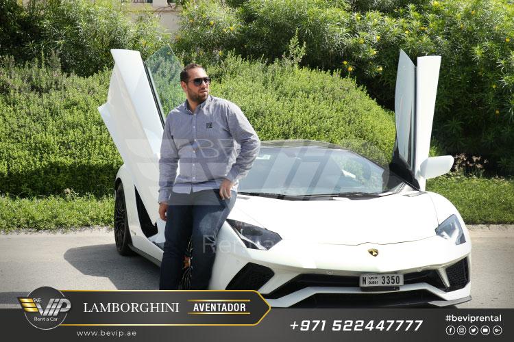 Lamborghini-Aventador-Roadster-2019-For-Rent-in-Dubai-g16.jpg