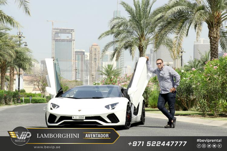 Lamborghini-Aventador-Roadster-2019-For-Rent-in-Dubai-g20.jpg