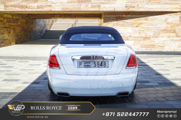 Rolls-Royce-Dawn-for-Rent-in-Dubai-g10.jpg
