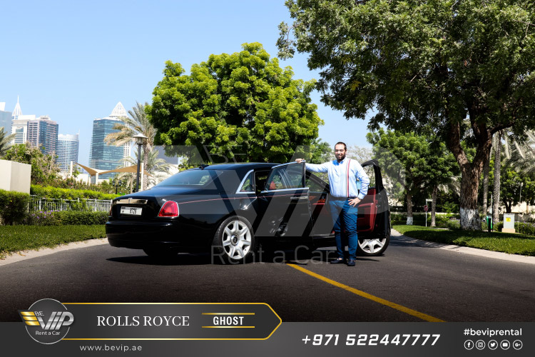 Rolls-Royce-Ghost-For-Rent-in-Dubai-g7.jpg