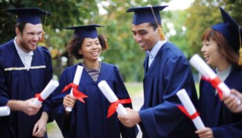 Graduate-Scholarships-for-International-Students-at-Khalifa-University-in-UAE-1024x576.jpg