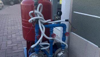 Install_Water_Pump.jpg
