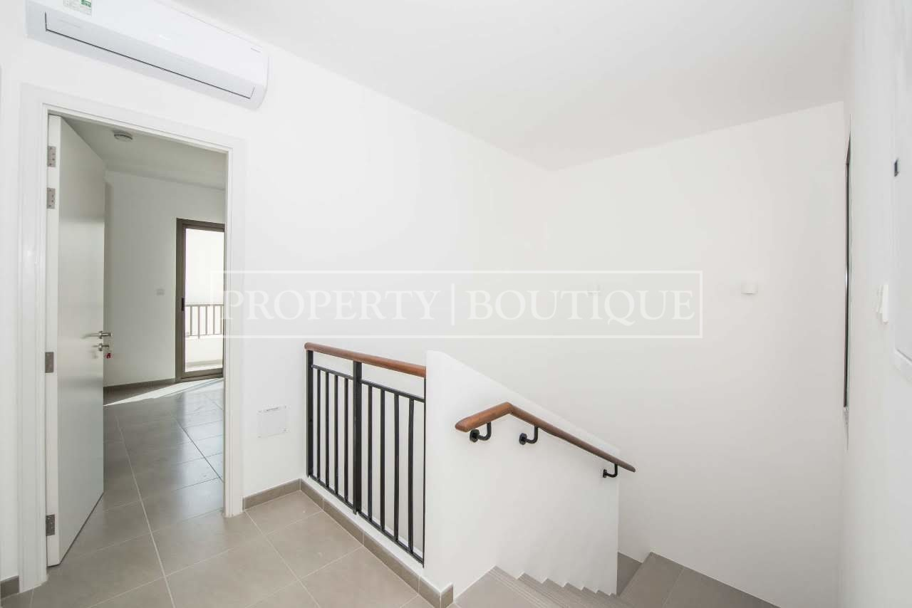 Beautiful 4 Bed + M | Close to the pool | AED 99K - Image 6