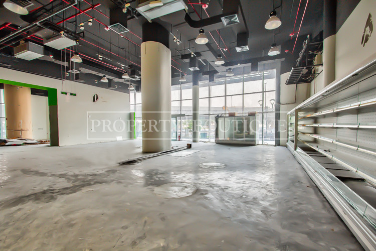 Prime Retail in Barsha | Excellent visibility - Image 1