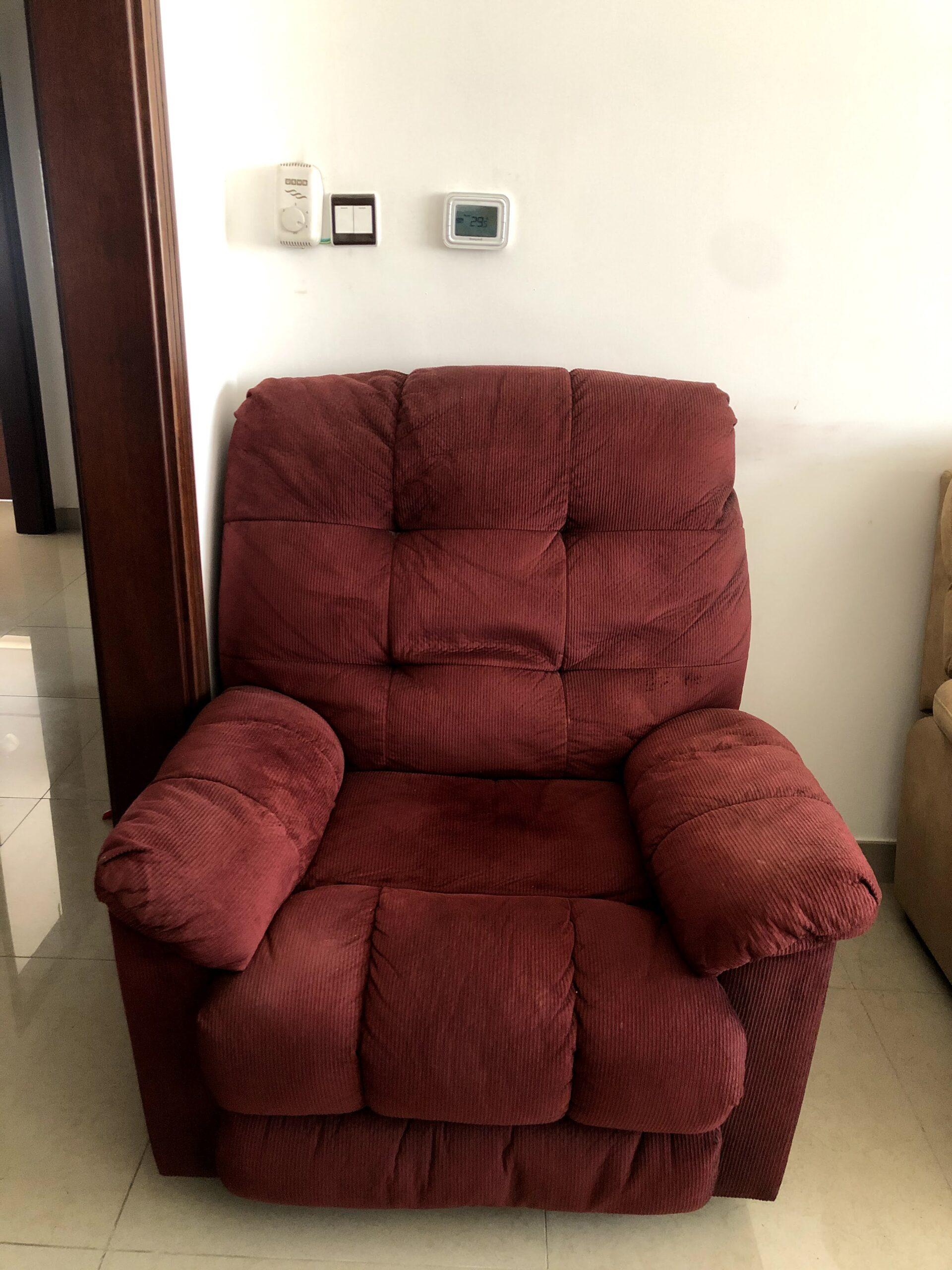 Used Sofa Sets and Tea Table for Sale in Dubai - Image 1