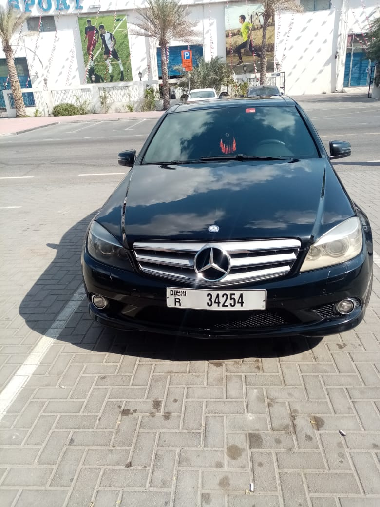 Mercedes benz c63 Upbatched 2011 only 68k km - Image 4