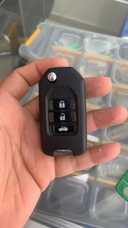 Car-key-replacment1.jpg