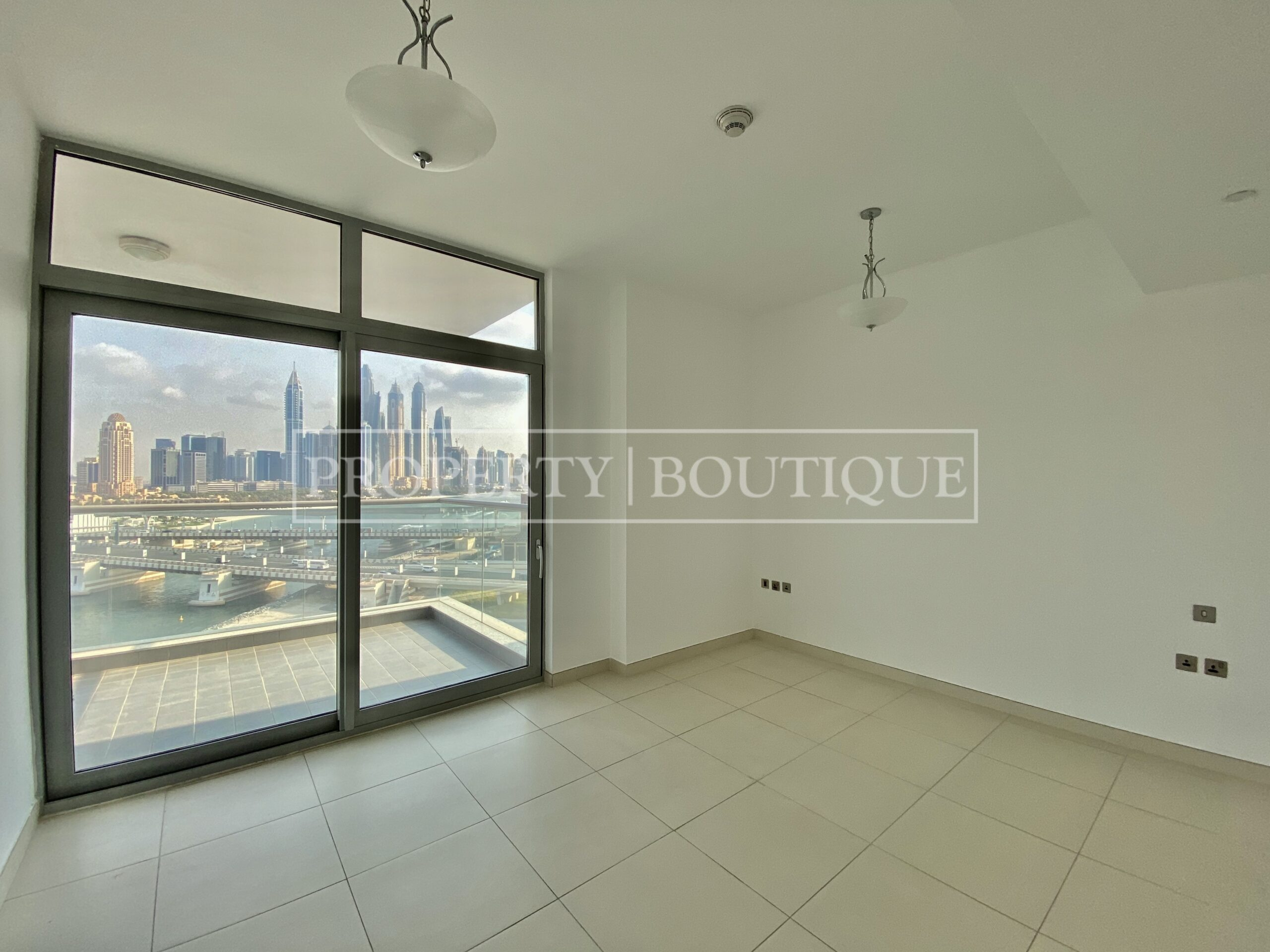 Superb Sea Views | Large 2 Bed + Maid's - Image 7