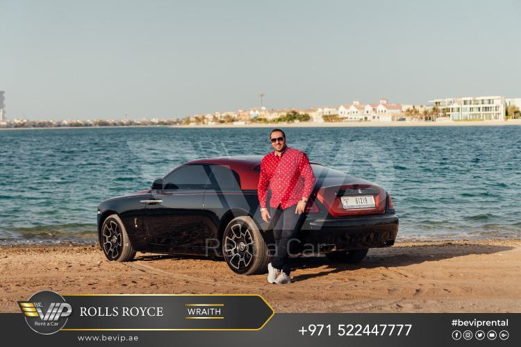 Rolls-Royce-Wraith-2020-for-Rent-in-Dubai-g6.jpg