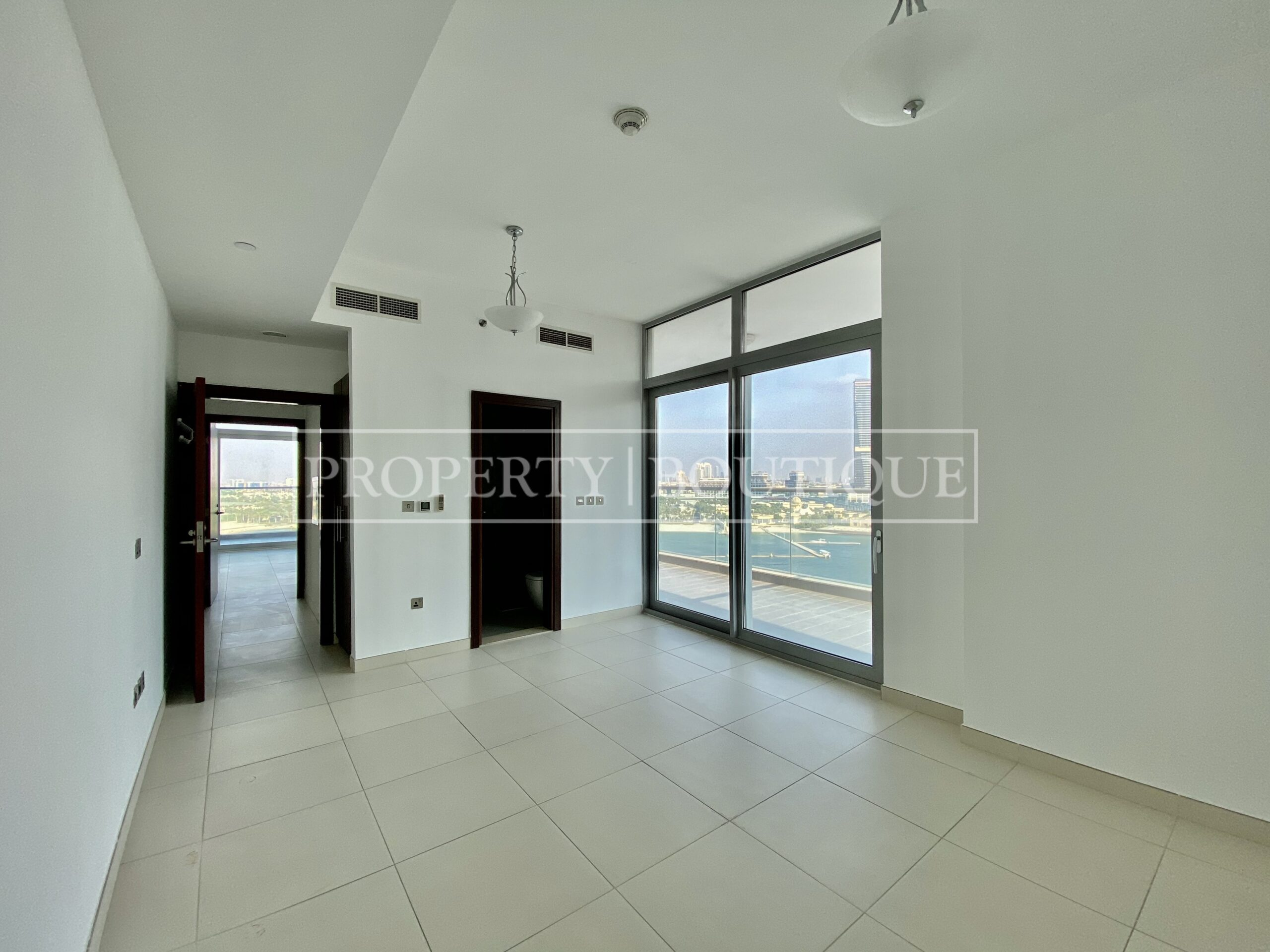 Superb Sea Views | Large 2 Bed + Maid's - Image 3
