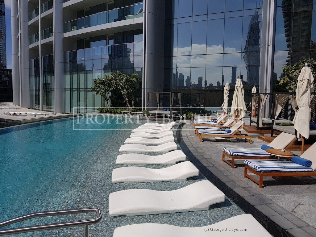 Mid Floor | Burj and Partial Fountain view - Image 14