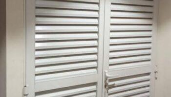 Aluminium-Louver-Door-@-Carrefour-400x500.jpg