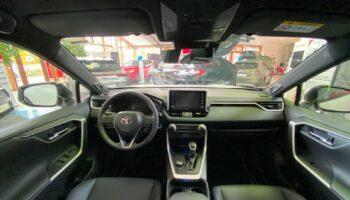 Toyota RAV4 Hybrid 4x4  7.jpg