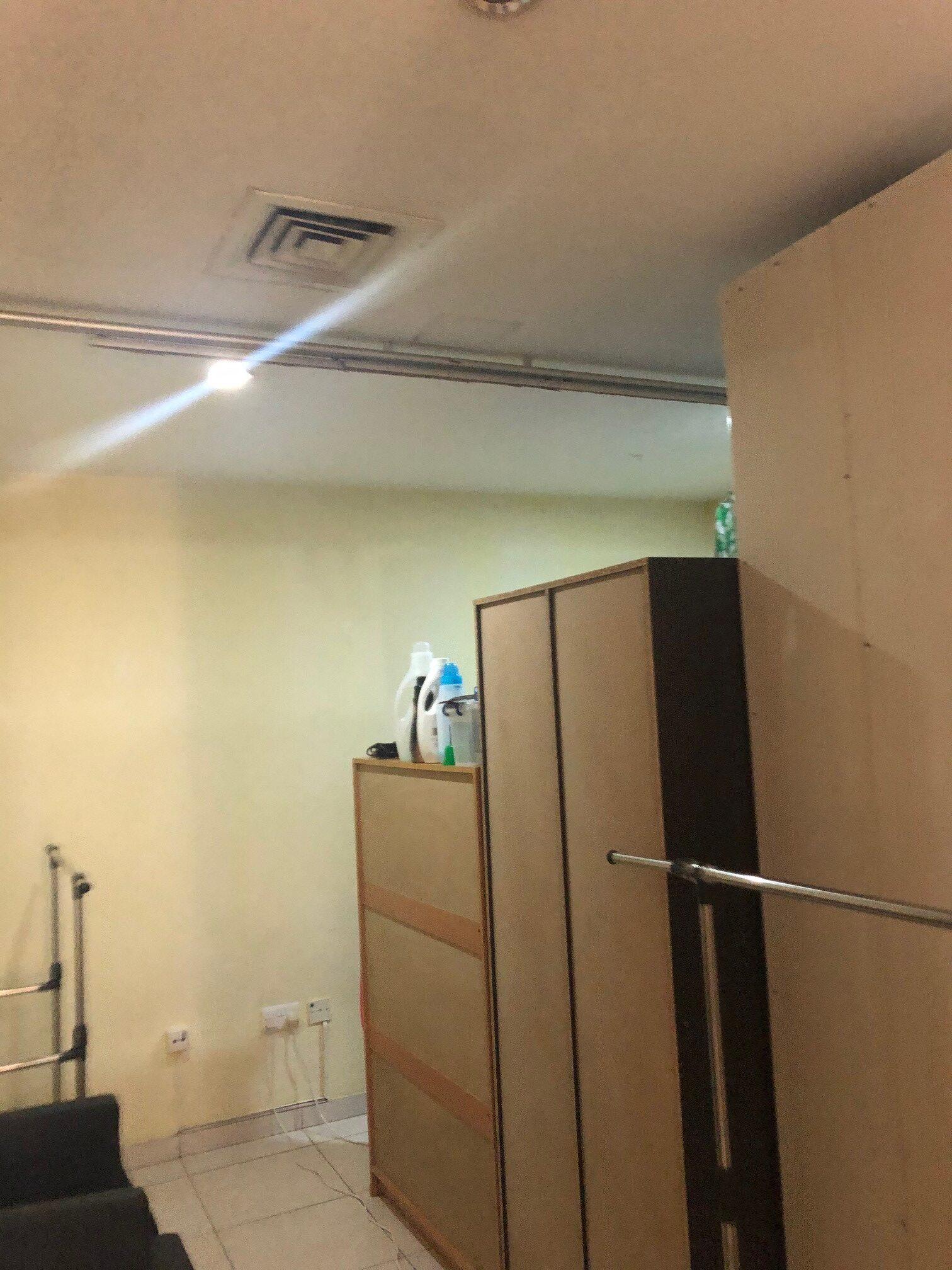 Corner partition.jpg