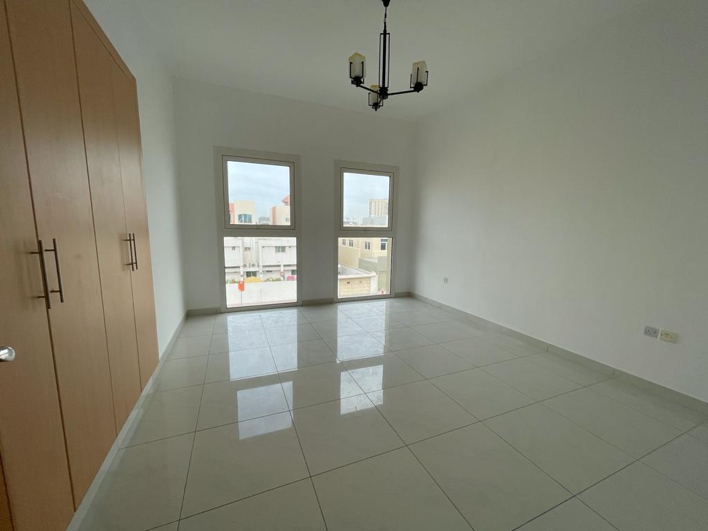 Premium Brand New 1 Bedroom Apartments - Image 1