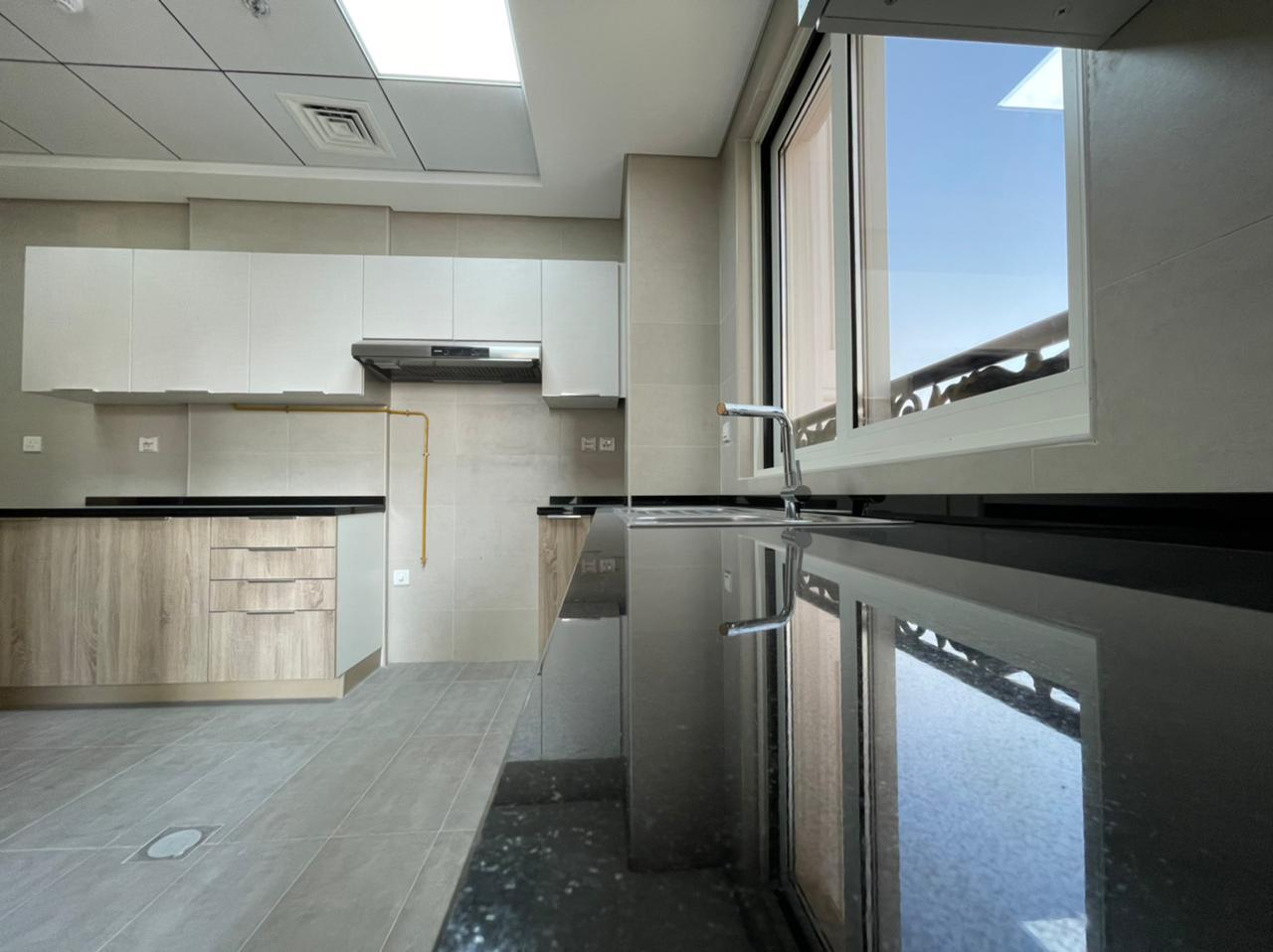 Premium Brand New 1 Bedroom Apartments - Image 5