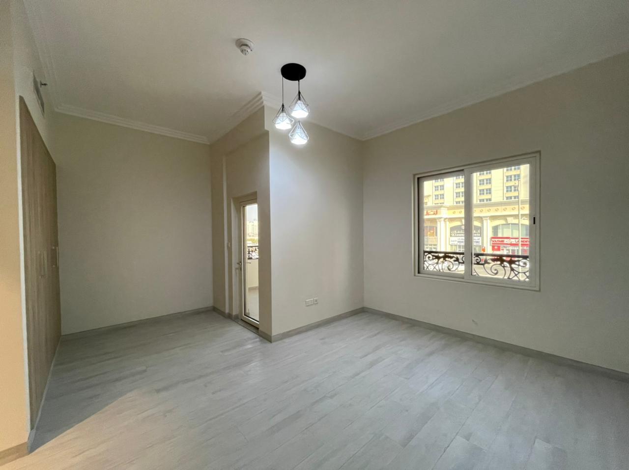 Premium Brand New 1 Bedroom Apartments - Image 2